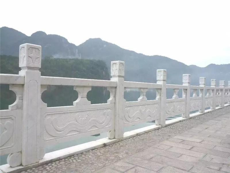 橋梁大理石欄桿
